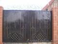 Ворота,  заборы,  оградки ритуальные,  калитки.